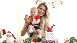 Karina Bacchi promove festão para celebrar o primeiro Natal do filho Enrico ()