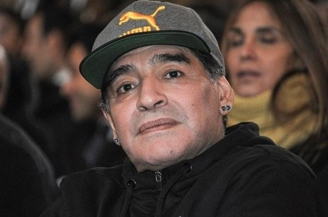 Diego Maradona segue no comando do Dorados-MEX