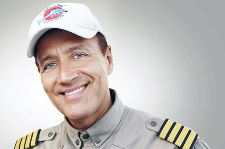 Comandante Hamilton integra a equipe do Cidade Alerta