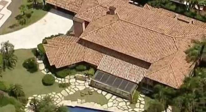 Imagem aérea da casa em que Marcelo vai cumprir recolhimento domiciliar