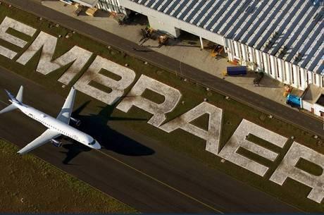 Embraer e Boeing admitiram estar conversando