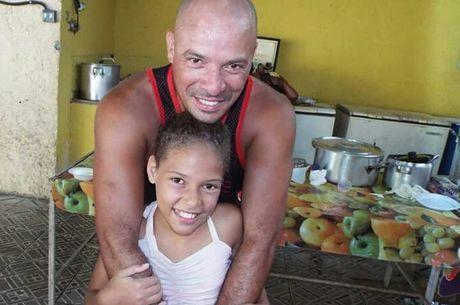 """Leandro Monteiro, pai de Vanessa: """"Pior ano da vida"""""""