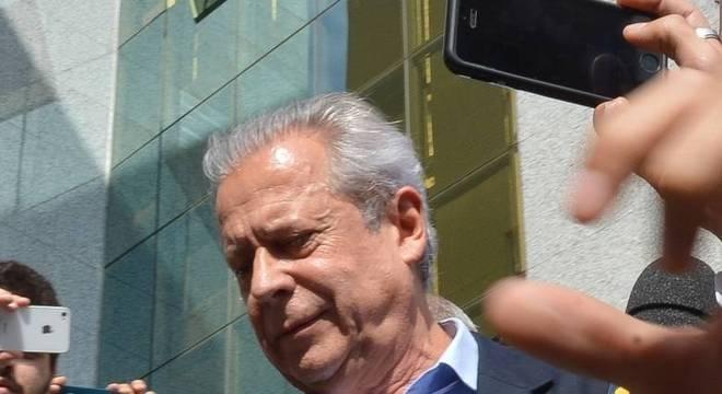 Zé Dirceu, capitão do time de Lula e general de esquema corrupto
