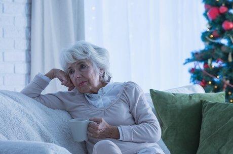 Alguns idosos ficam meses sem falar com ninguém