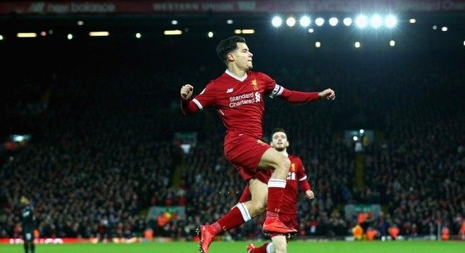 Coutinho liderou o Liverpool na goleada diante do Swansea