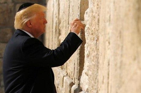 Donald Trump em visita ao Muro das Lamentações