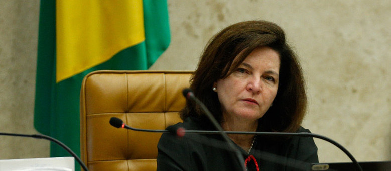 Xadrez da sucessão na PGR pode deixar Raquel Dogde de fora