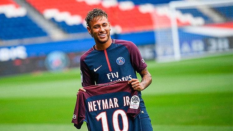 2017/18 - Neymar - Barcelona - 222 milhões de euros