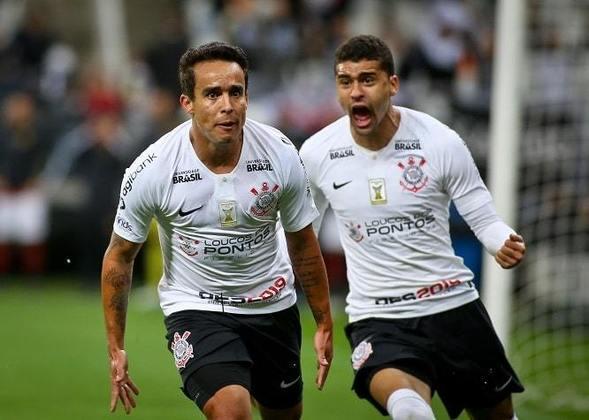 2018 - Artilheiro: Jadson - 15 gols