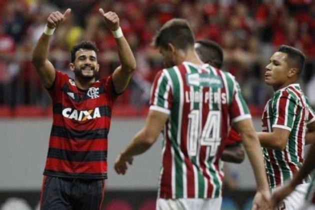 2018- FLAMENGO - Em uma disputa ferrenha, Flamengo e Palmeiras batalharam ponto a ponto a liderança do Brasileirão de 2018. O time carioca encabeçou a competição da 7ª até a 16ª rodada. Mesmo assim, o clube paulista terminou campeão e o Mengão ficou com o vice-campeonato.