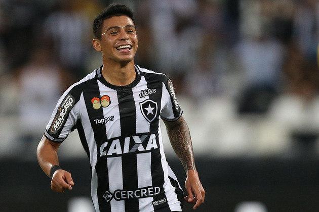 2018 - Na Copa Sul-Americana, competição em que a numeração fixa era obrigatória, Renatinho utilizou o místico número.