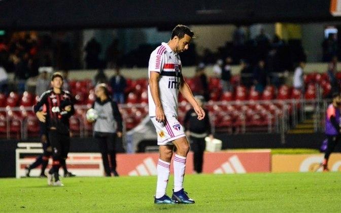 2018 - Quarta fase - Athletico-PR: outra eliminação nesta fase, desta vez para o Furacão. Na ida, vitória dos paranaenses por 2 a 1, Na volta, o empate por 2 a 2 eliminou o Tricolor.