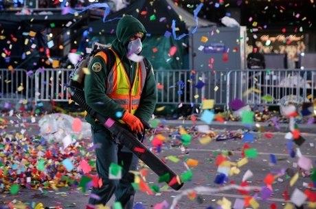 Ano-Novo em NY: 50 toneladas de lixo produzidas