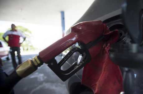 No Norte, consumidores pagam quase R$ 5 pelo litro de gasolina