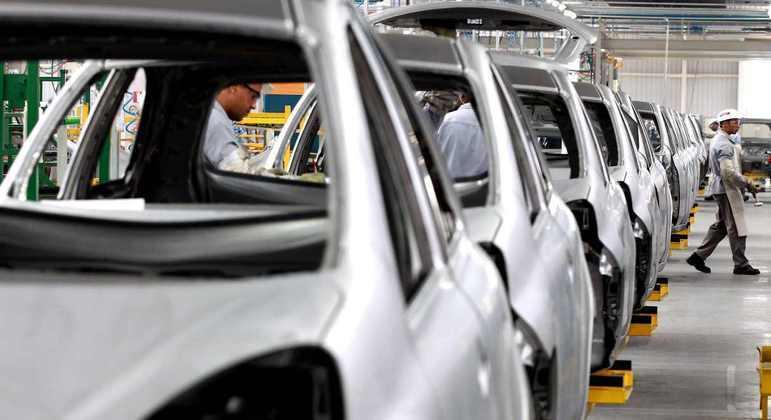 Enquanto a desoneração fiscal sobre arrecadação tributária de todos os setores econômicos no país foi de 18% nos últimos 10 anos, o setor automotivo recebeu apenas 8%
