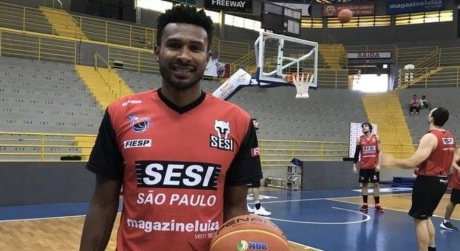 Leandrinho está de volta ao Brasil para jogar pelo SESI Franca