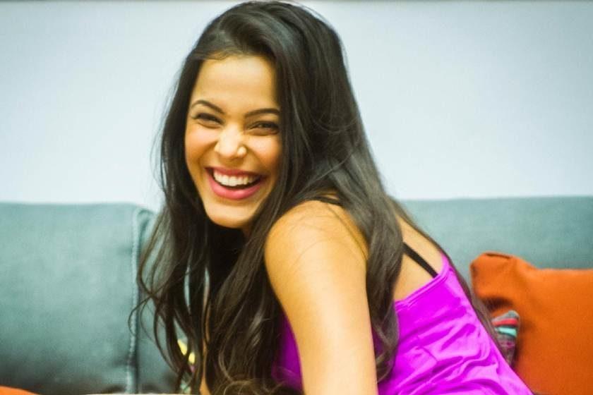 Sem oportunidades na Globo, Emilly Araújo lançará canal no YouTube