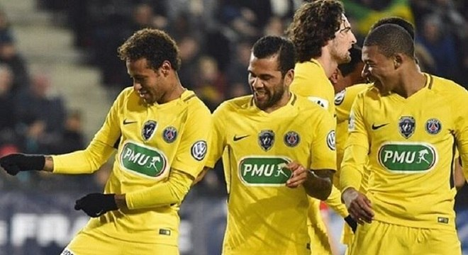 Neymar, Daniel Alves, do Paris Saint-Germain