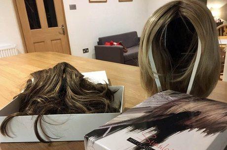Carly Appleby usou essas perucas para esconder a queda de cabelo