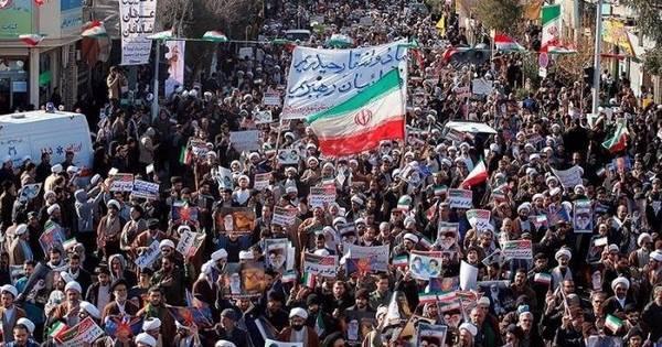 Ex-presidente Ahmadinejad teria sido preso no Irã, diz mídia