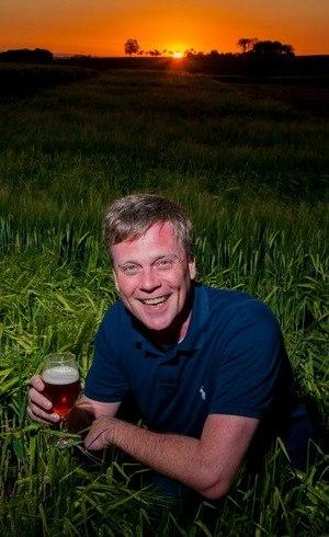 Você também estaria sorrindo se fosse o Luciano Horn, mestre cervejeiro de uma das maiores cervejarias do mundo