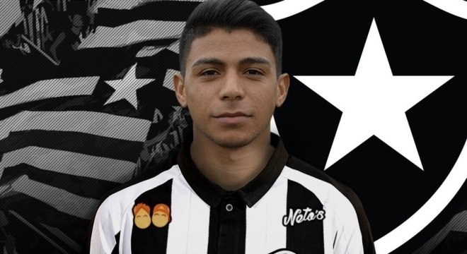 075d5f6df3 Botafogo anuncia meia Renatinho e apresenta o atacante Leandro ...