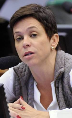 STJ suspende decisão que impedia a posse de Cristiane Brasil
