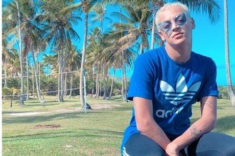 Pabllo Vittar sem peruca e maquiagem