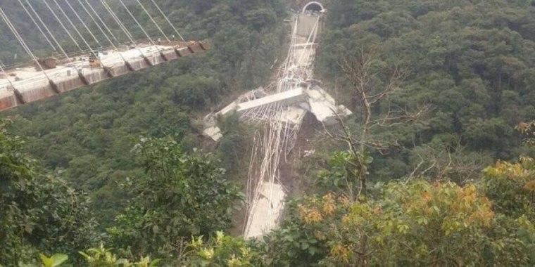 Nove pessoas morrem após desabamento de ponte na Colômbia