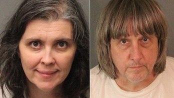 __Polícia dos EUA prende casal que mantinha 13 filhos acorrentados__ (Divulgação/Departamento de Polícia de Riverside)