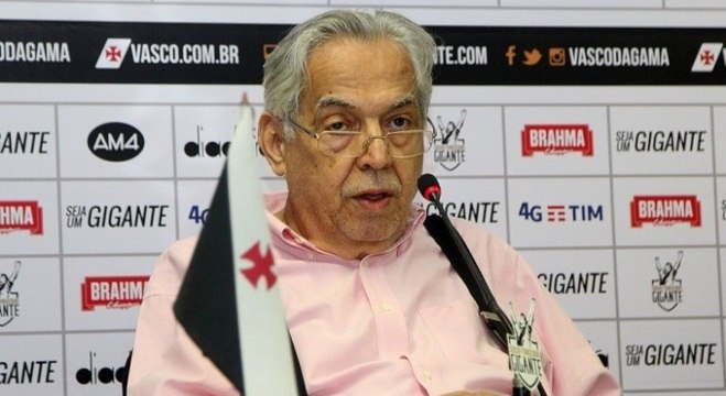 Eurico Miranda desistiu de comandar o Vasco e de disputar nova eleição