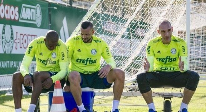 Jaílson, Weverton ou Prass qual será o goleiro titular do Palmeiras em 2018