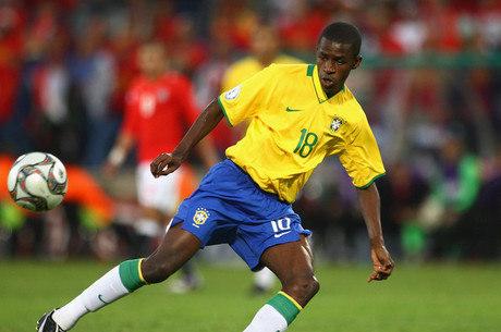 Ramires quer voltar ao Brasil. Tem 30 anos