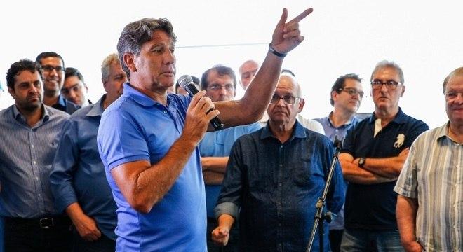 Time principal do Grêmio começou pré-temporada nesta quinta-feira por causa  do Mundial 7bd8c49ee174b