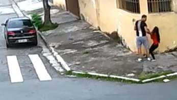 __PM é suspeito de estuprar jovem de 18 anos. Vídeo mostra ação__ (Reprodução)