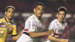 Com Diego Souza, São Paulo tropeça em casa e segue sem vencer no Paulistão ()
