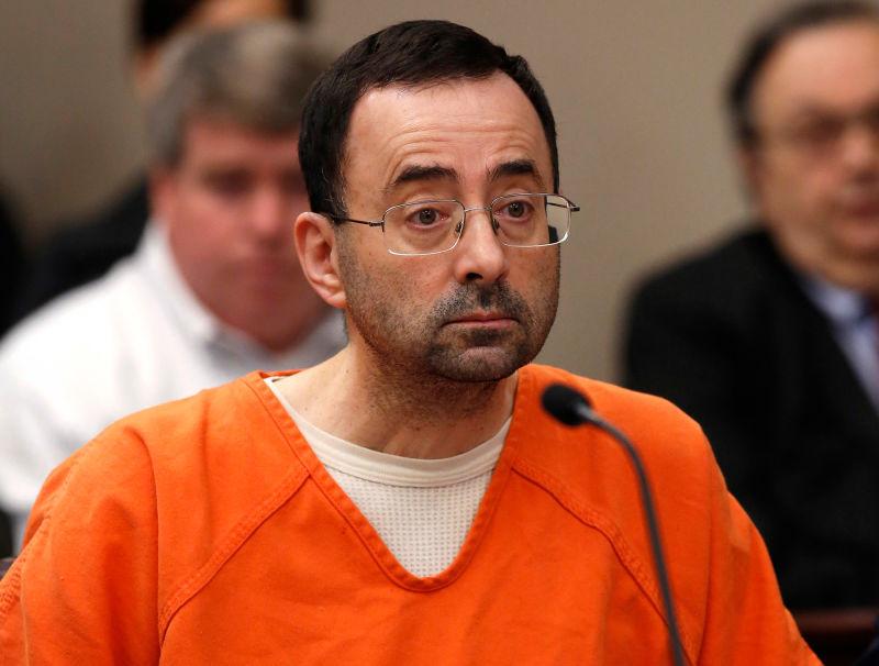 Antigo médico da selecção dos EUA condenado até 175 anos de prisão