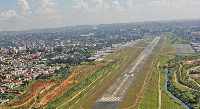 Após muita polêmica, Aeroporto da Pampulha volta a receber voos