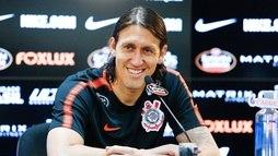 Cássio treina e é relacionado por Carille para enfrentar Bragantino pelo Paulista ()