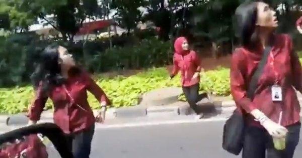 Terremoto na Indonésia força dezenas a deixar postos de trabalho