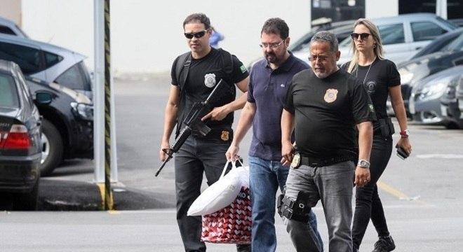 Ex-secretario de obras prestou depoimento na sede da PF no Centro do Rio
