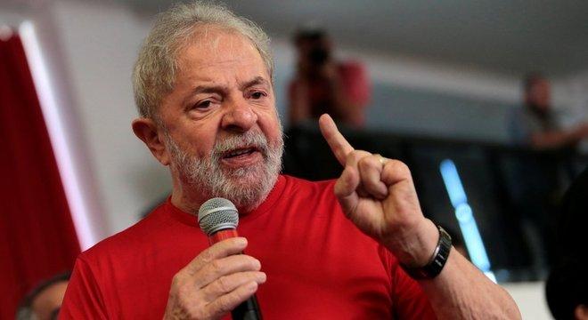 Com condenação no TRF4, Lula pode ser preso e ficar de fora das eleições presidenciais 2018