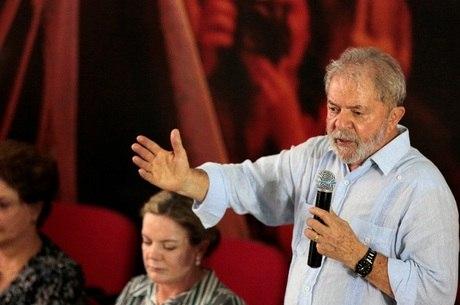 Condenação pelo TRF4 pode deixa Lula fora das Eleições 2018