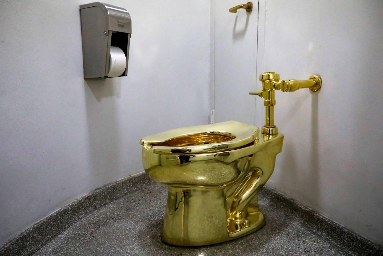 Trump pediu um Van Gogh, museu Guggenheim ofereceu antes uma sanita dourada