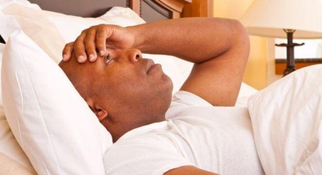 Dormir mal pode causar estresse e contribuir para ganho de peso