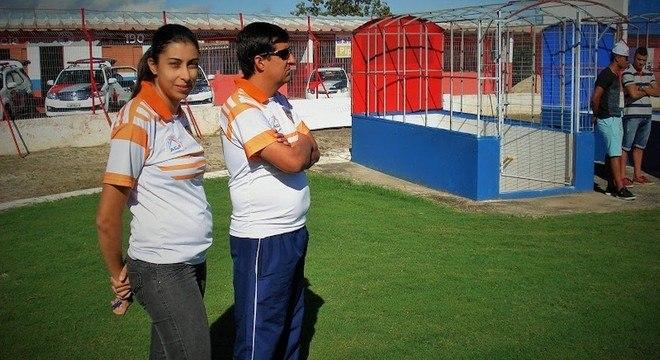 Nilmara, a primeira mulher a treinar uma equipe masculina de futebol em SP