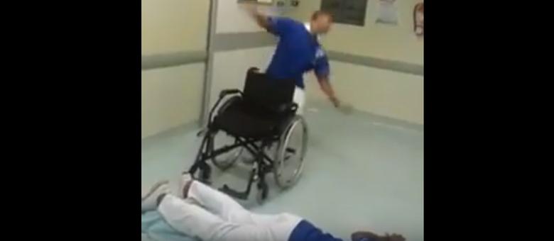 """Funcionários dançaram """"Que Tiro Foi Esse?"""" durante o expediente de trabalho"""