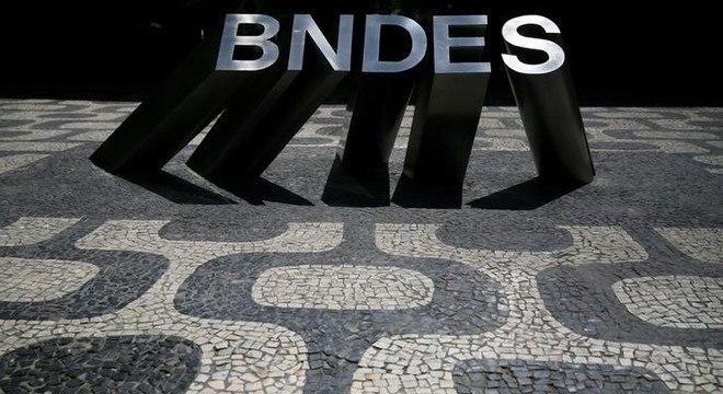 Representantes do BNDES não comentaram o assunto