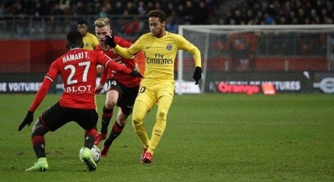 Neymar não marcou gols na vitória sobre o Rennes, mas gerou nova polêmica