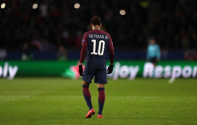 57208edb05 ... Neymar é tão craque quanto polêmico. A proporção que faz gols parece  ser a mesma ...
